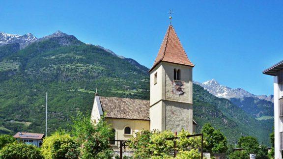 Chiesa di Plaus