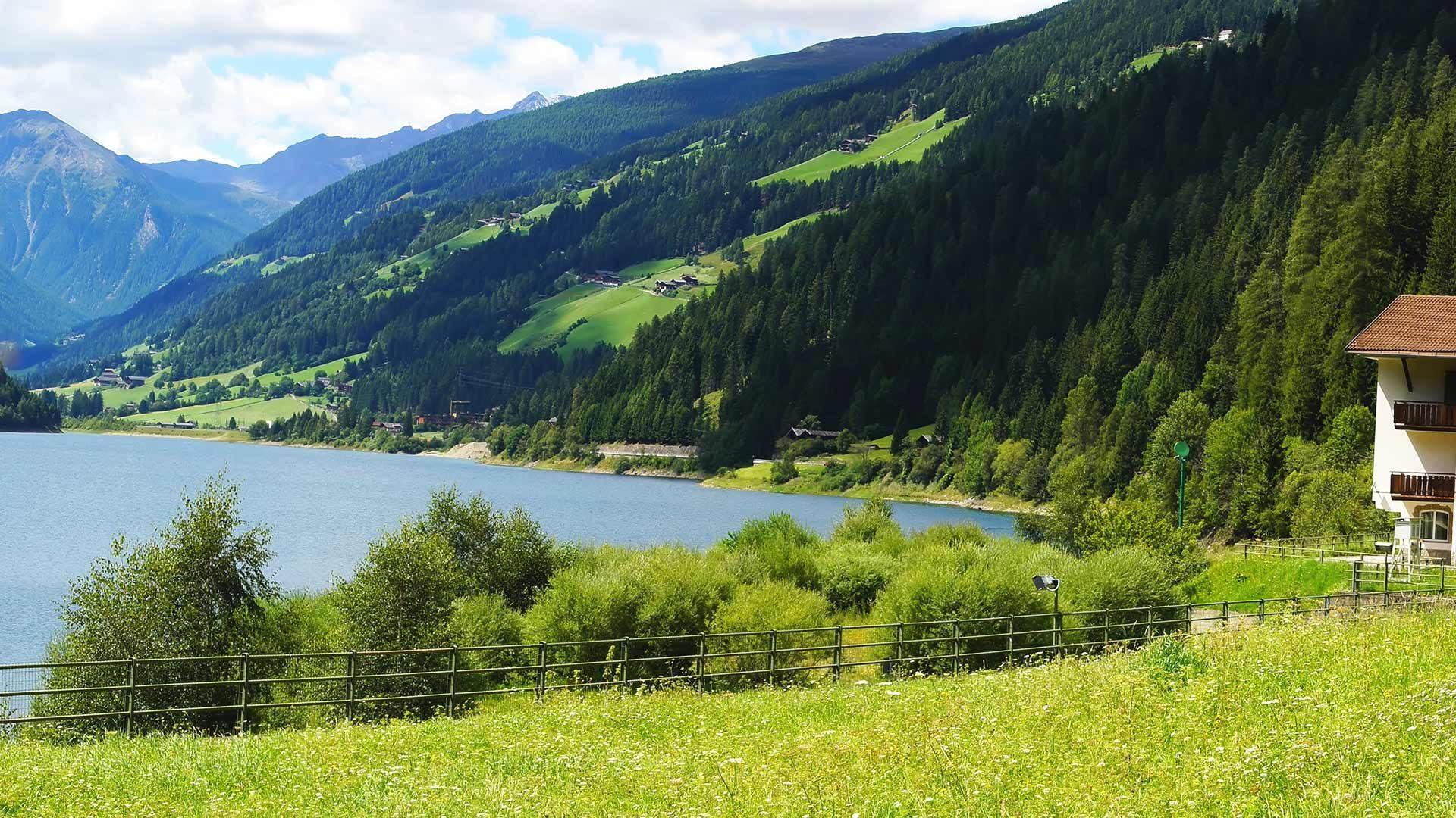 Santa Valburga - Giro del lago di Zoccolo