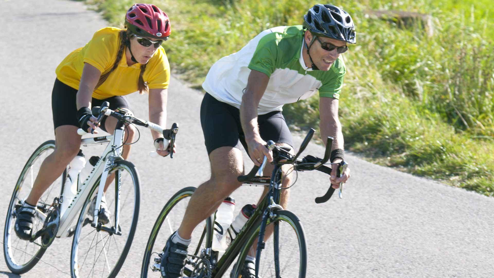 Tiso e Nalles in bici da corsa