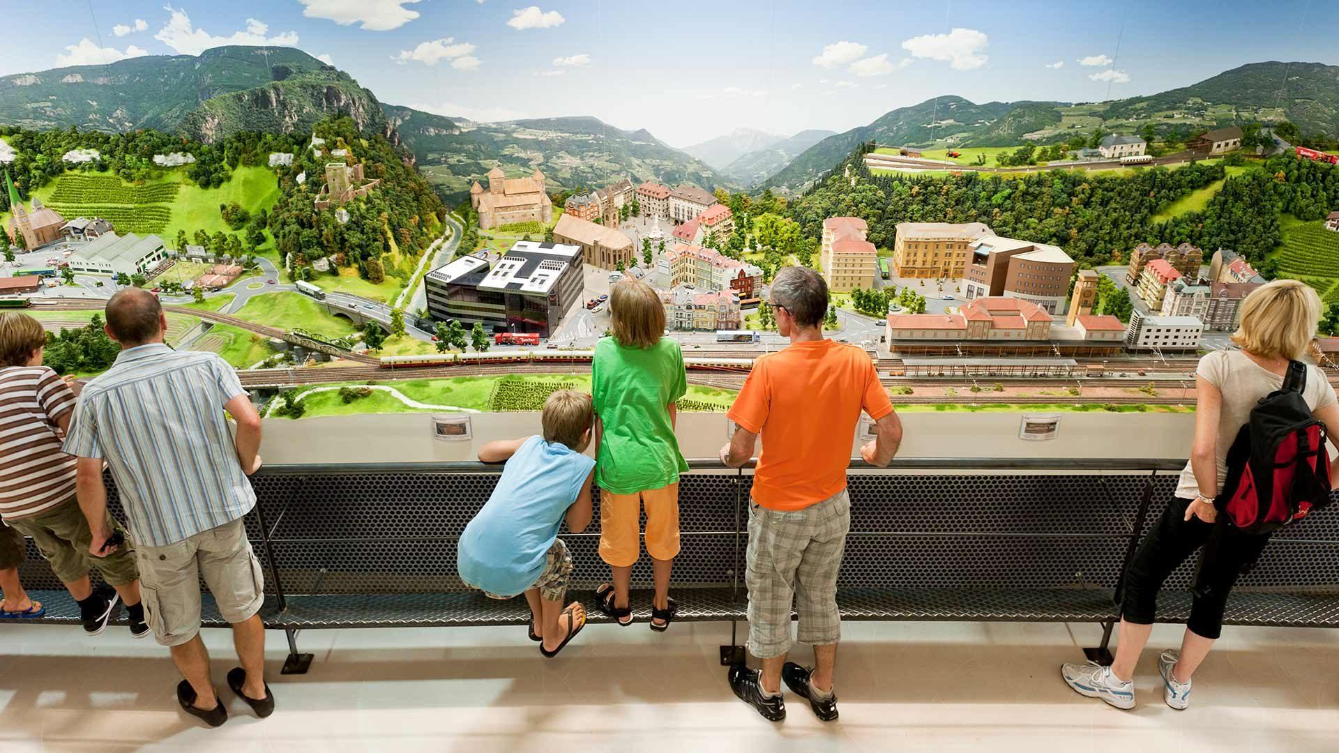 Paesaggio in miniatura dell'Alto Adige