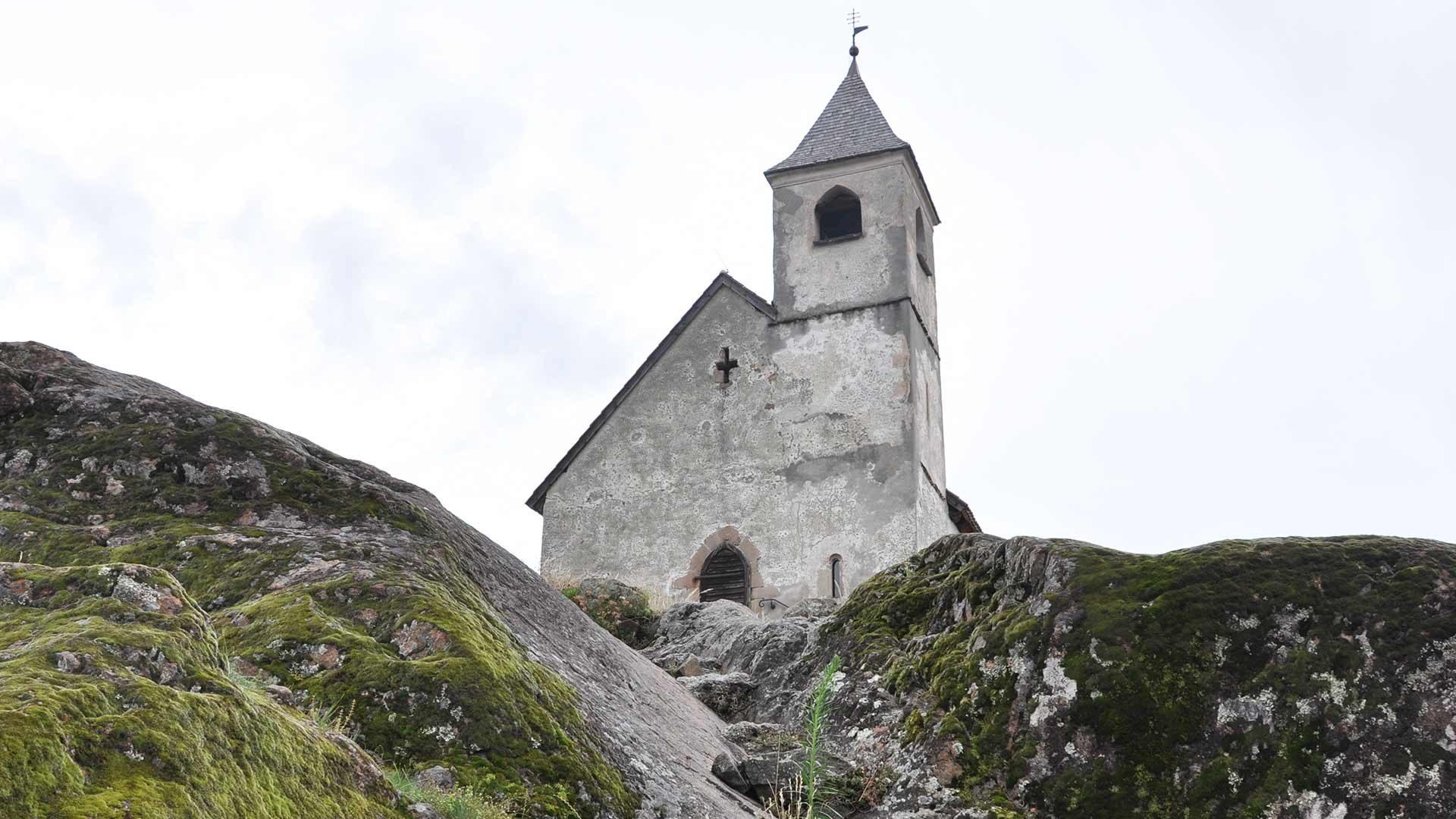 Chiesetta di S. Ippolito sopra San Leonardo