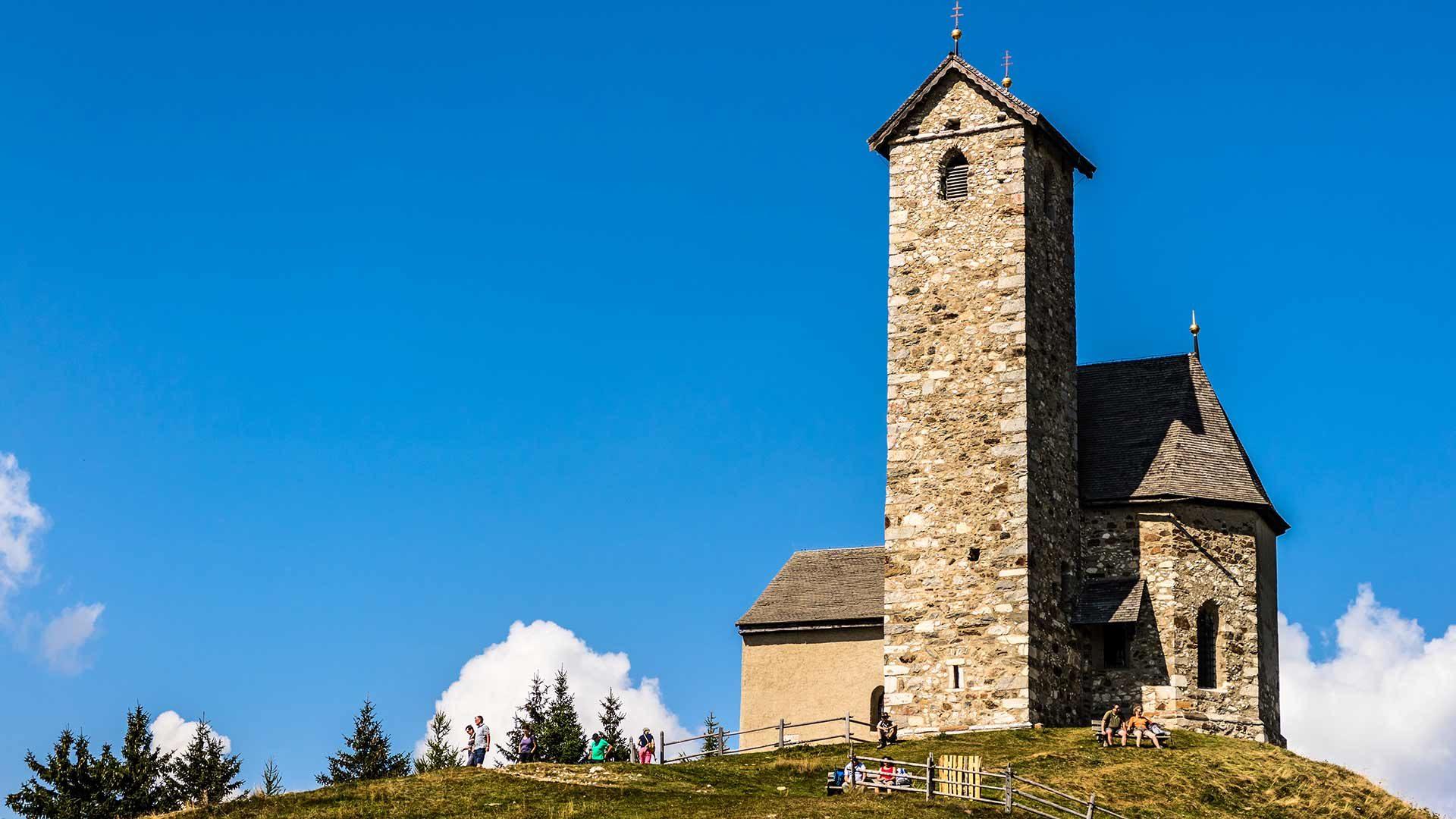 La chiesetta di San Vigilio a Monte San Vigilio