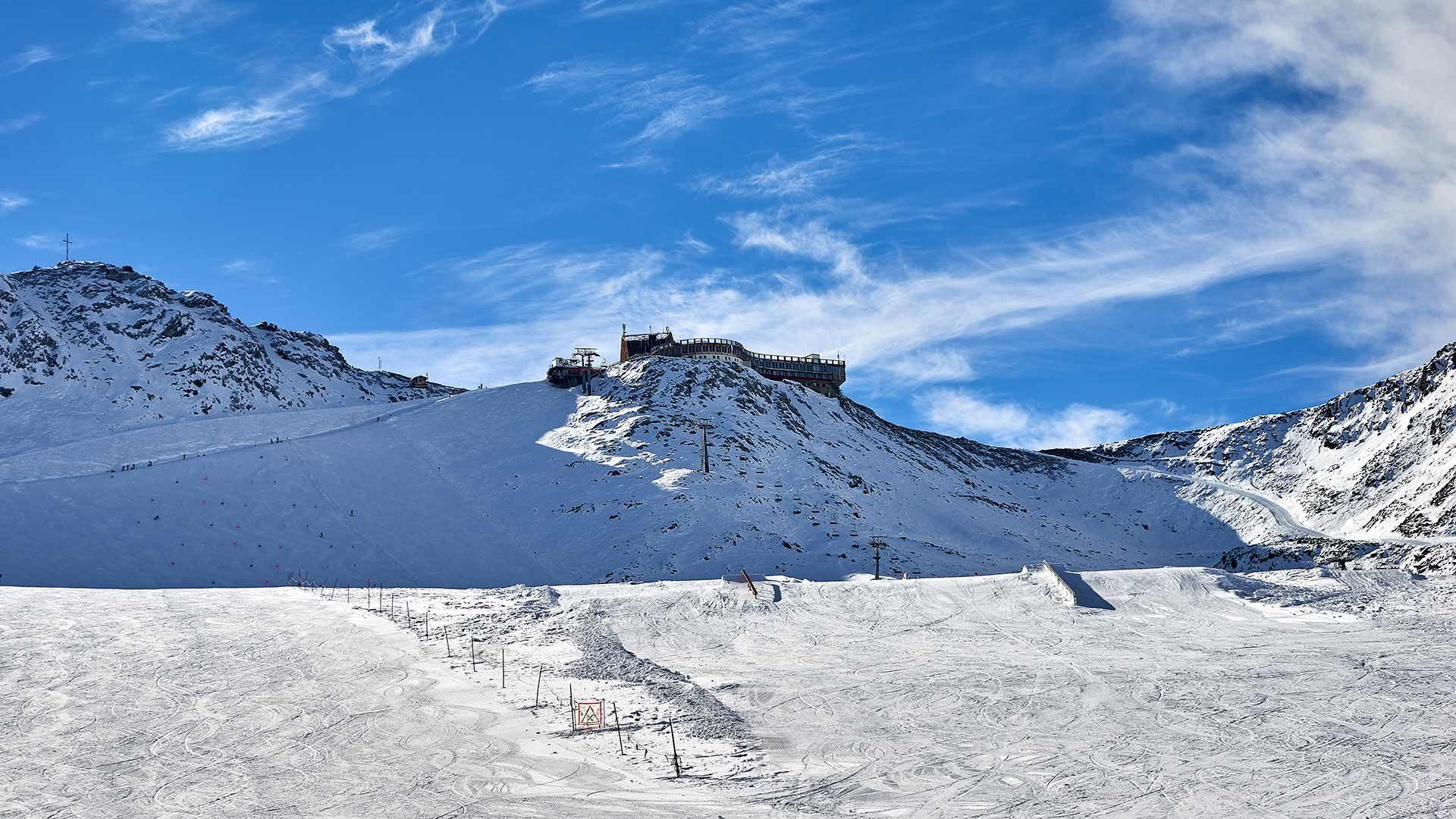 Area sciistica del ghiacciaio di Senales - stazione a monte