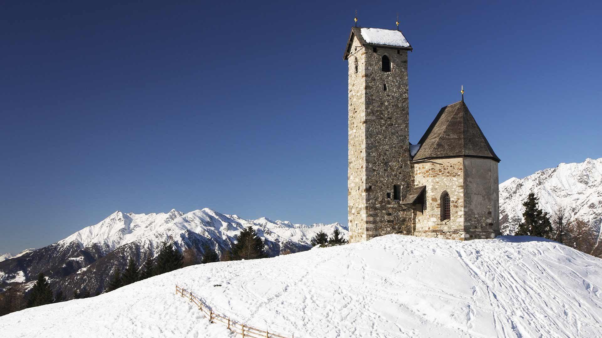 Monte San Vigilio in inverno