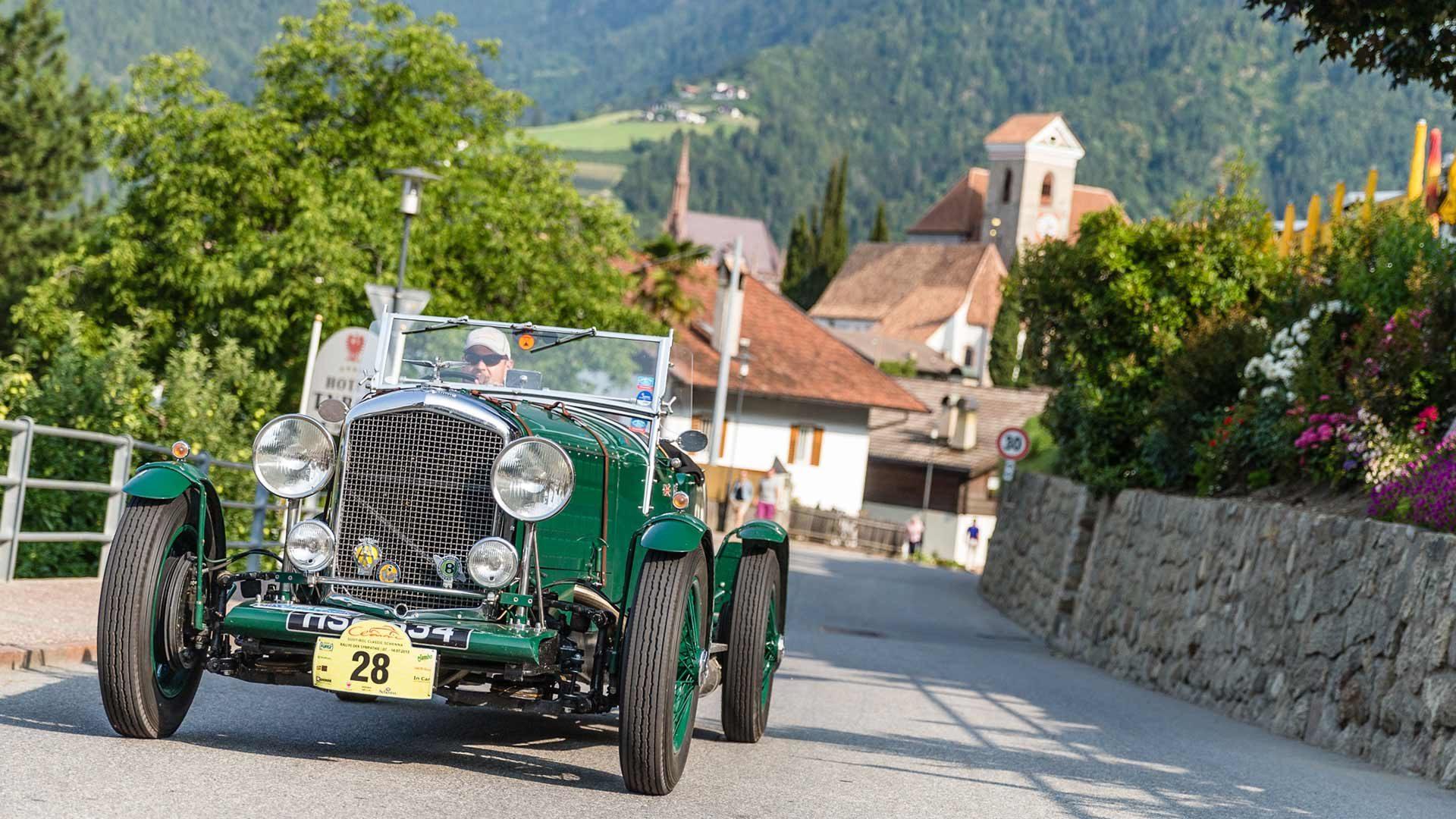 Südtirol Classic Scena – Raduno Auto d'epoca