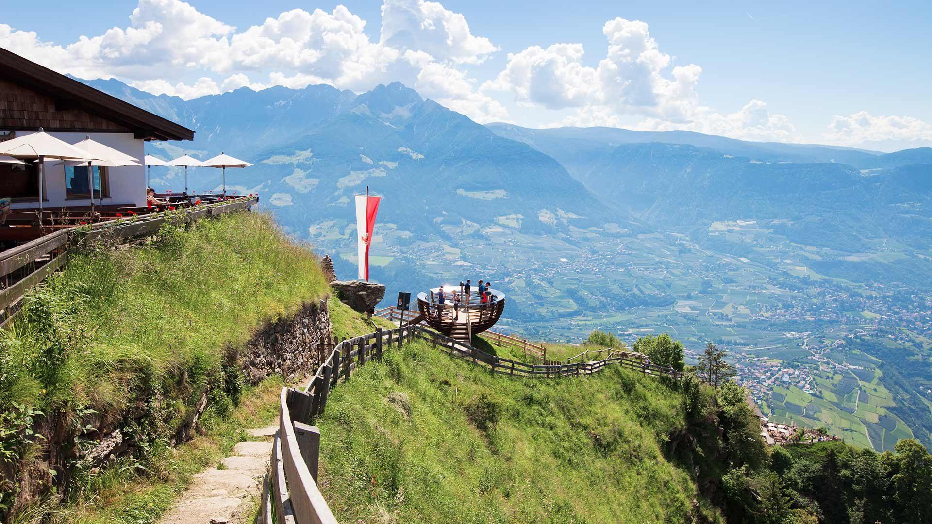 """Sentiero del Signore """"Herrschaftsweg"""" e Hochmut"""