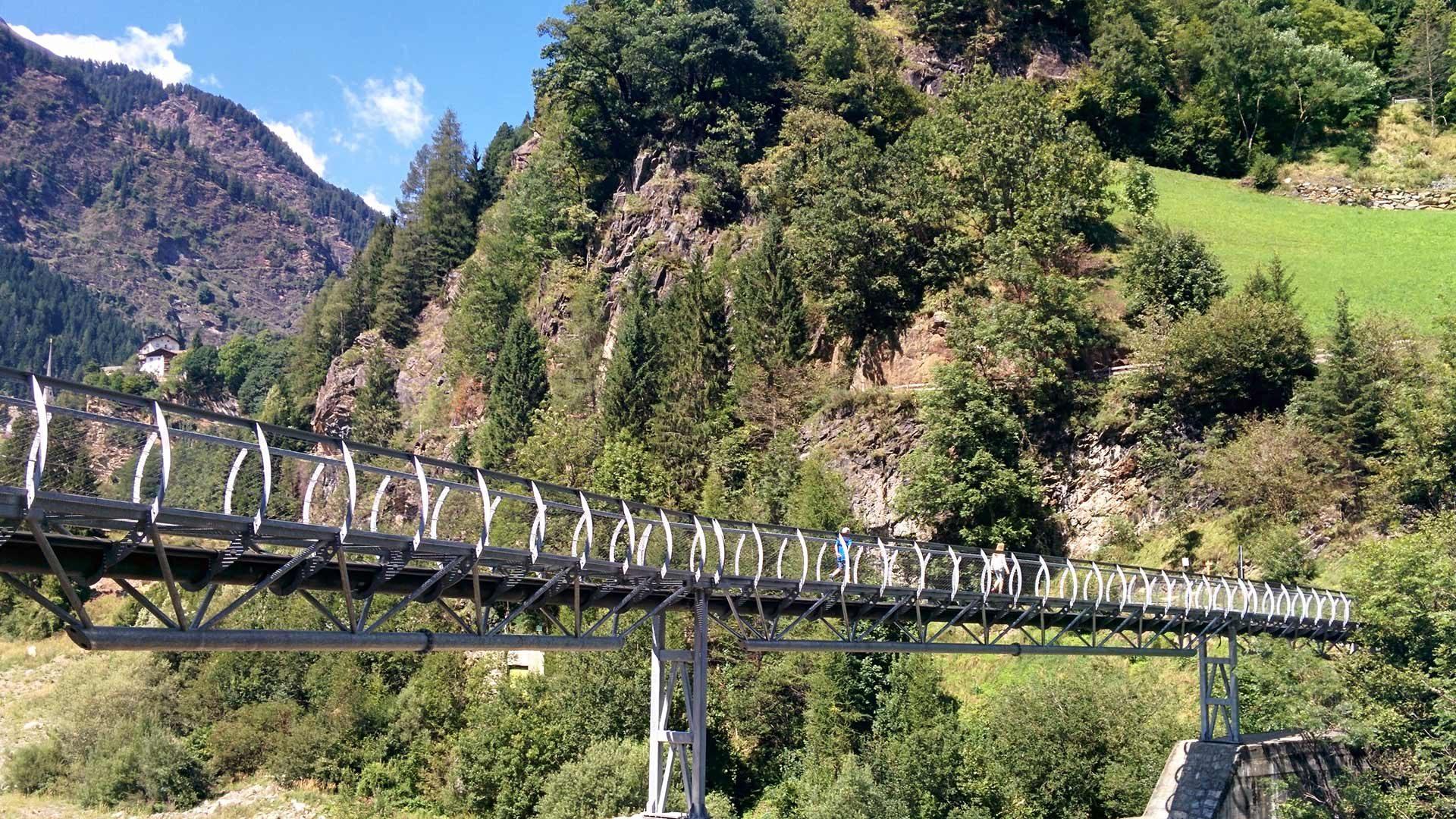 Lungo la gola del Passirio in Alto Adige