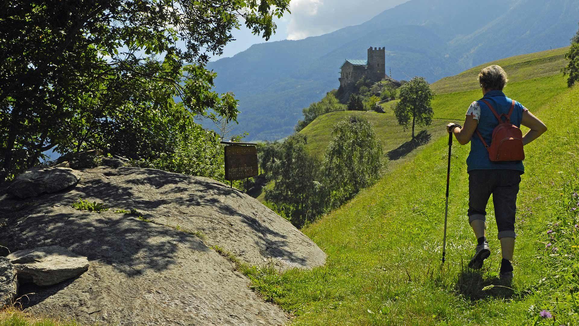 Castel Juval e sentiero delle rogge di Stava